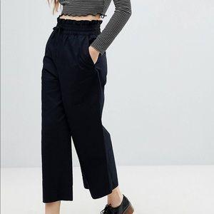 Monki ASOS Black wide leg culottes large
